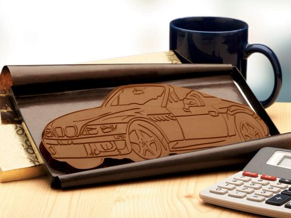 Choc'oWrap car-shaped chocolate